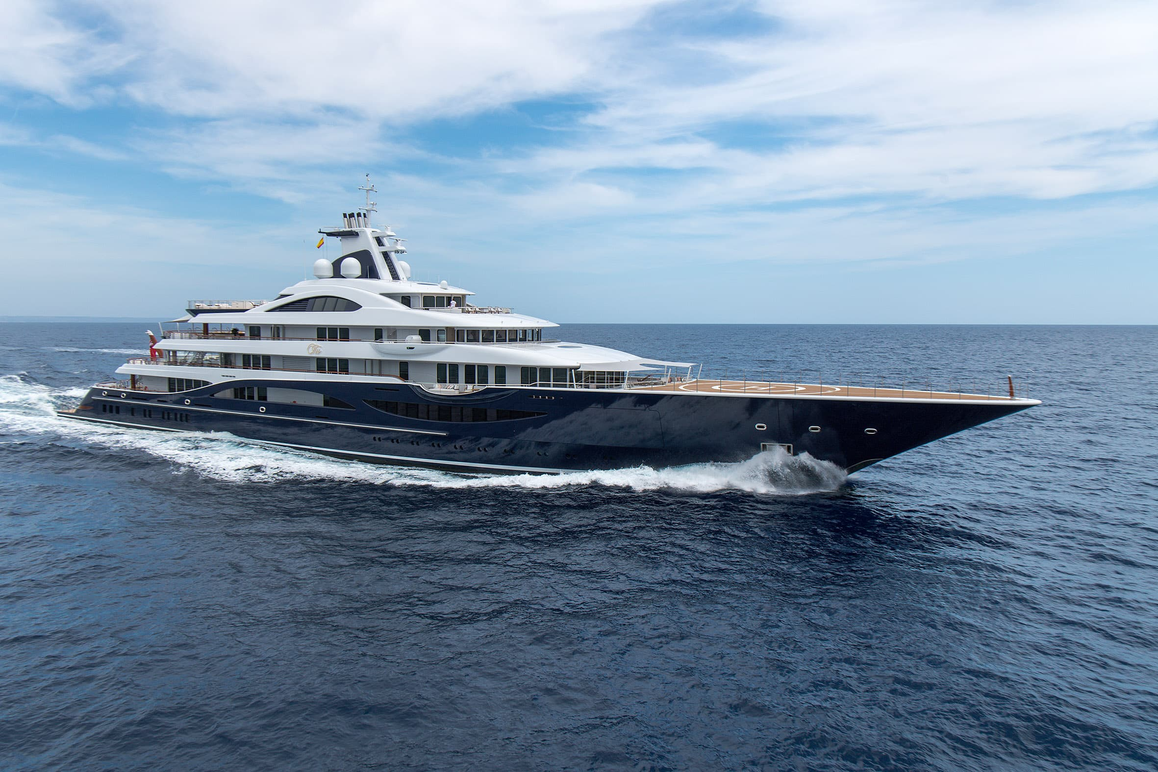 Profile of completed Lurssen Yacht TIS